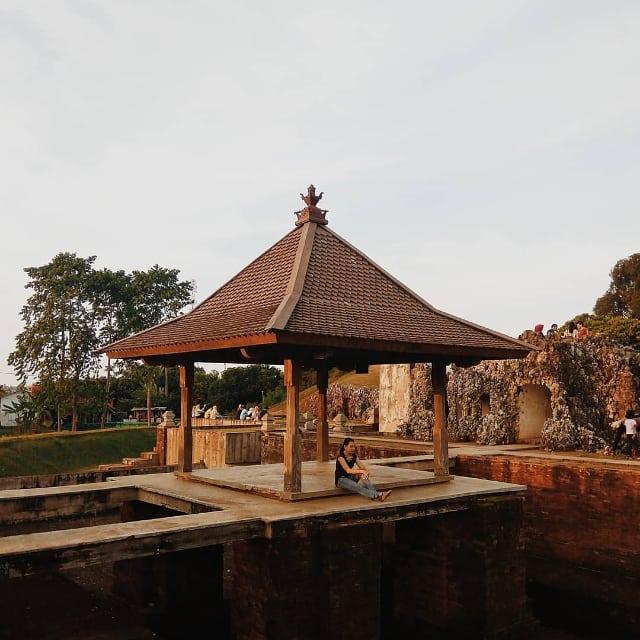 Photo by @infortus_ taken at Taman Wisata Goa Sunyaragi