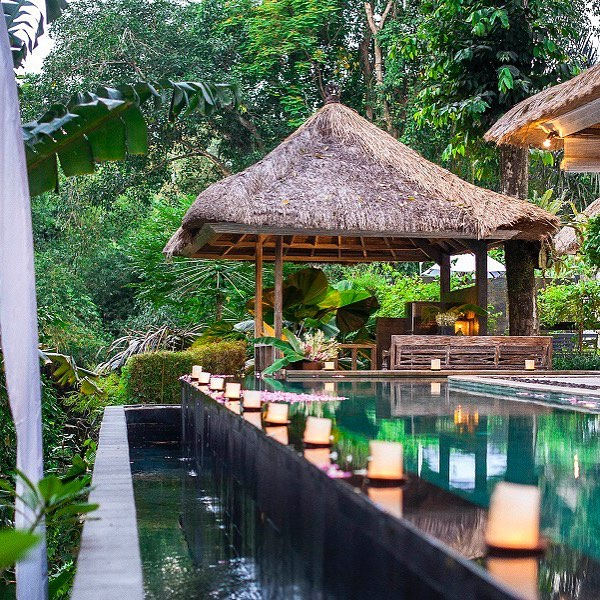 Suasana pedasaan seperti ini bisa kamu temukan di Cepaka Bali via @thehotelspecialist.it