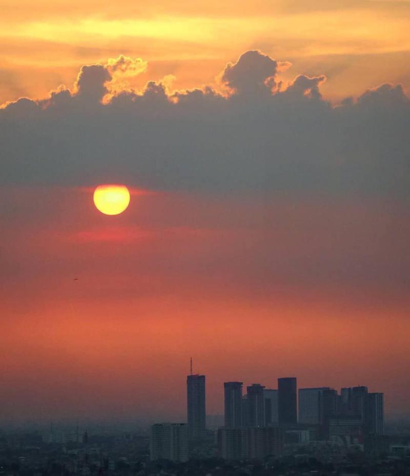 by @okkymahardikha taken from Plaza Mandiri, Jl.Jend.Gatot Subroto, South Jakarta