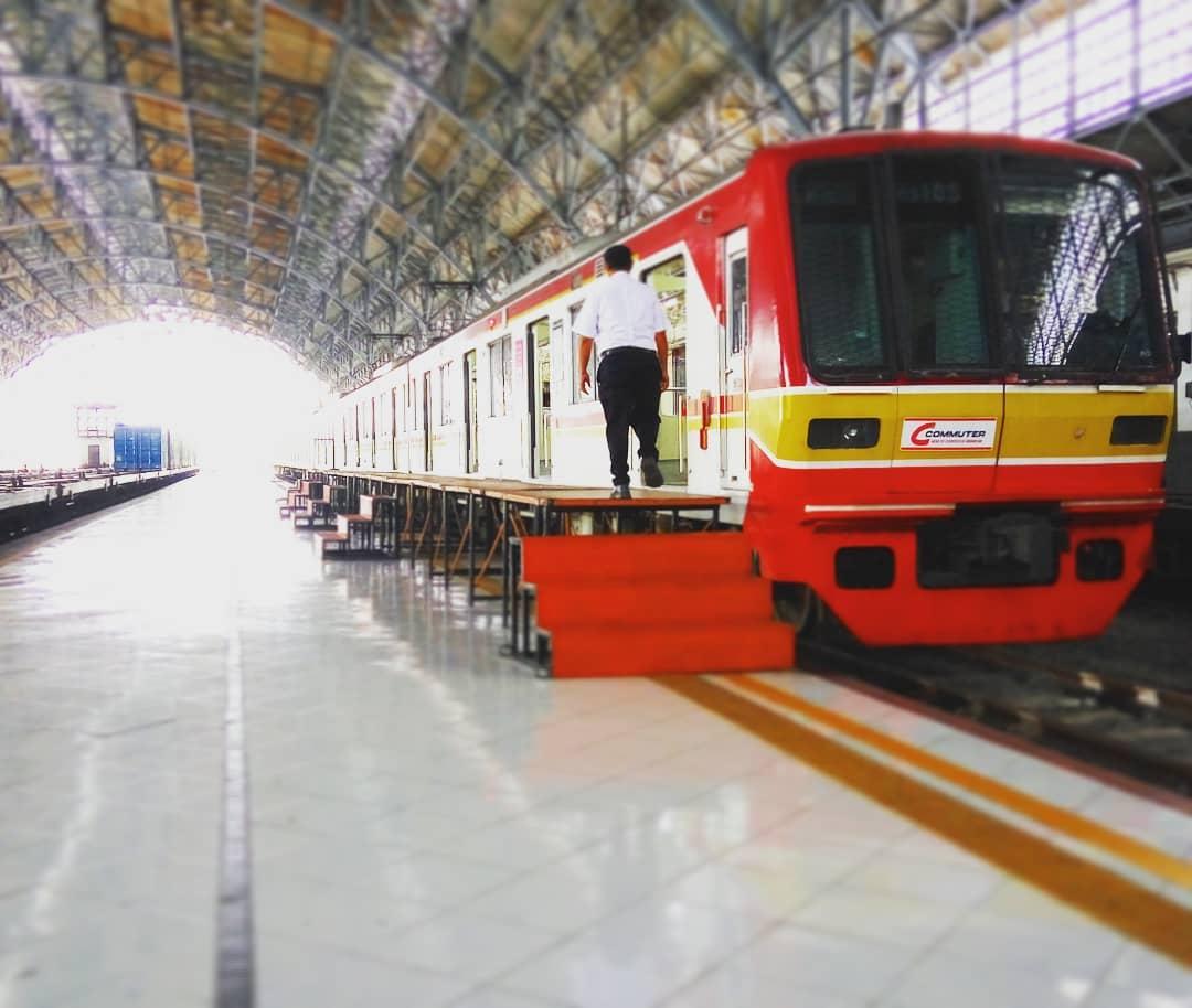 Jadwal KRL Tanjung Priok - Jakarta Kota Terbaru