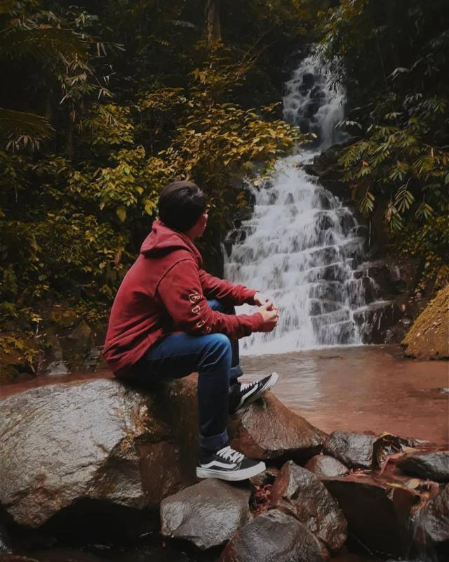 Daftar Tempat Wisata Di Kediri Jawa Timur Lengkap - Air Terjun Irenggolo