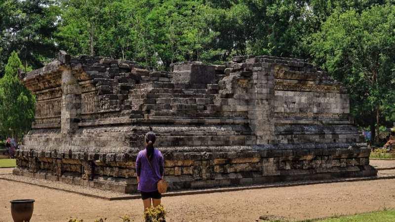 Daftar Tempat Wisata Di Kediri Jawa Timur Lengkap - Candi Tegowangi