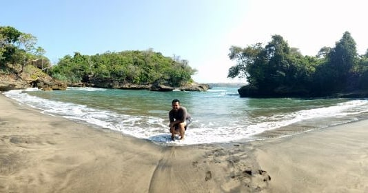 Daftar Tempat Wisata Pantai Di Blitar Jawa Timur Lengkap Pantai Mesang Padang Blitar