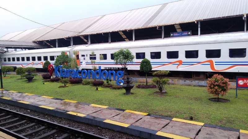 Jadwal Kereta Api Bandung Jakarta Gambir Terbaru, Jadwal Kereta Api Bandung Kiaracondong Terbaru Tahun 2020 Ke Semua Tujuan