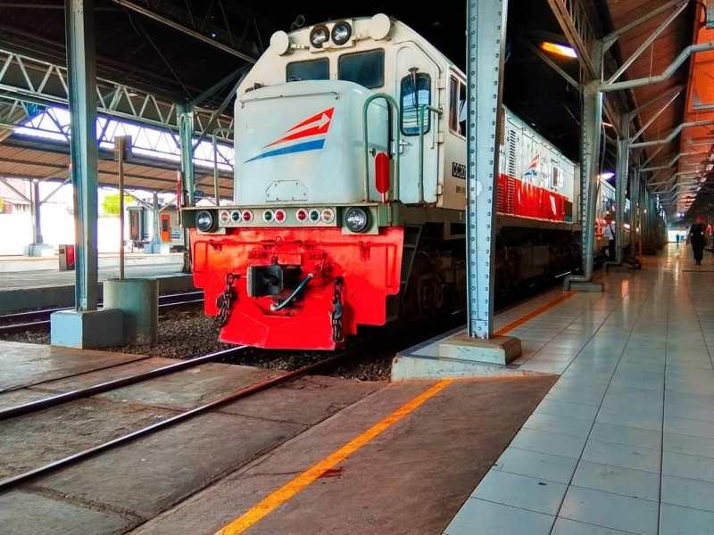 Jadwal Kereta Api Semarang Jakarta Terbaru,Info harga tiket kereta api Semarang Jakarta terbaru tahun 2019.
