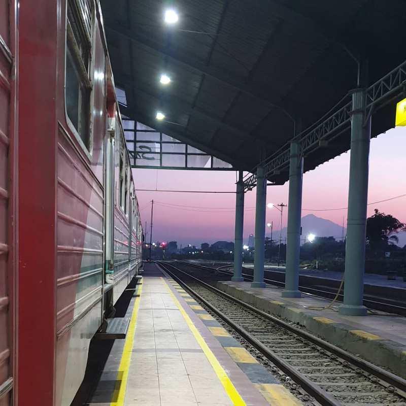 Jadwal Kereta Api Solo Jogja Naik Prameks Untuk Rute Sebaliknya