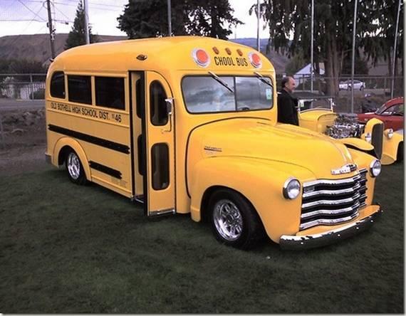 Perierga.gr - Σχολικά λεωφορεία!