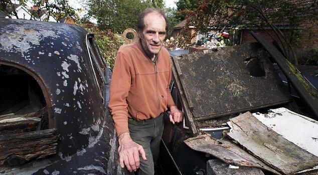 Perierga.gr - Μάζεψε τόσα σκουπίδια που φαίνονταν από το διάστημα!