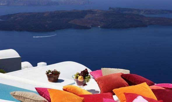"perierga.gr - Το πιο ""ρομαντικό"" ξενοδοχείο της Μεσογείου είναι ελληνικό!"