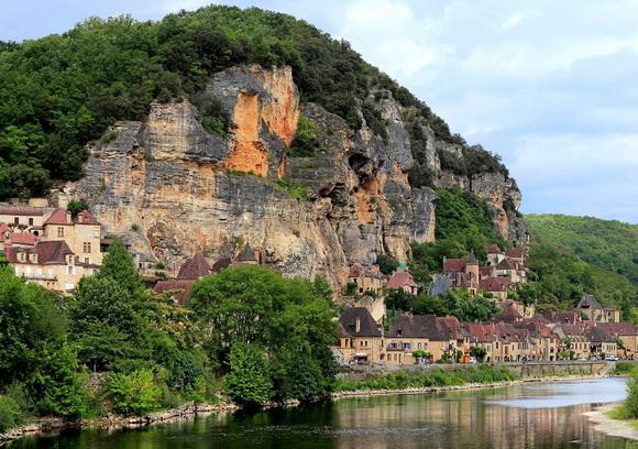 diaforetiko.gr : beauxvillage8 Ευρωπαϊκά χωριά που εκπλήσσουν με την ομορφιά τους!