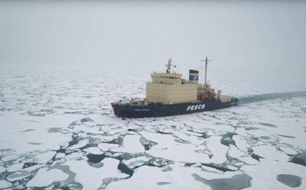 perierga.gr - Η ομορφιά της Αρκτικής σε ένα βίντεο!