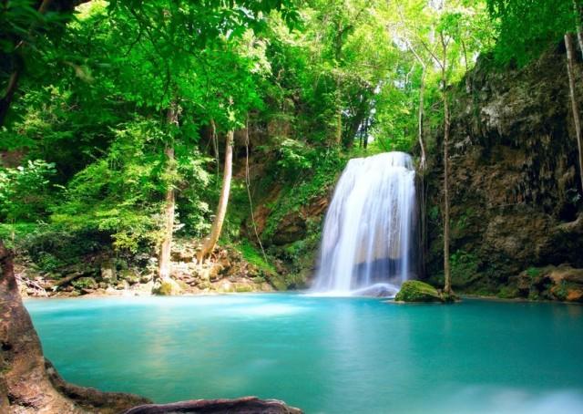 "perierga.gr - Η πανέμορφη, ""γαλάζια λίμνη"" της Ελλάδας!"