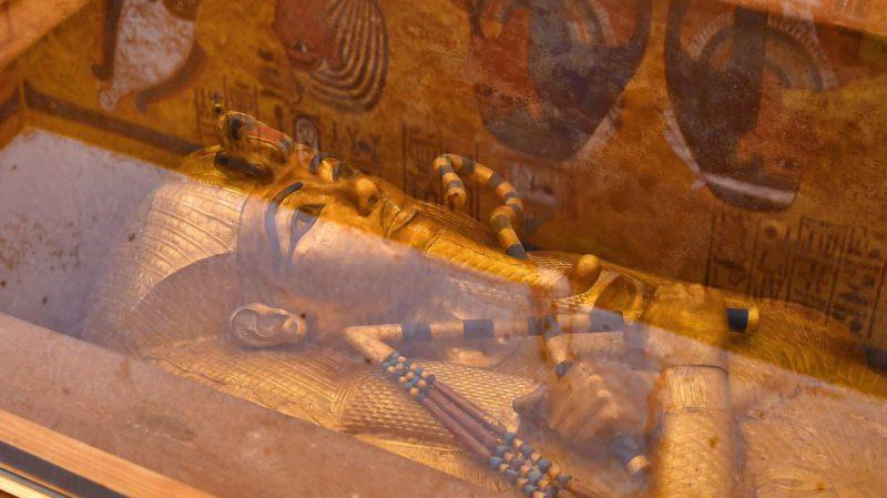 Perierga.gr - Εντυπωσιακές εικόνες από τον τάφο του Τουταγχαμών