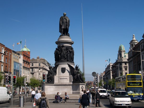 ireland-dublin-history-ira-nacionalism-irish-great-britain-daniel-o'connell-independency-politics-catholics-catholicism-protestants-protestantism-French-revolution-parliament-house-of-commons-acts-of-Union-1800