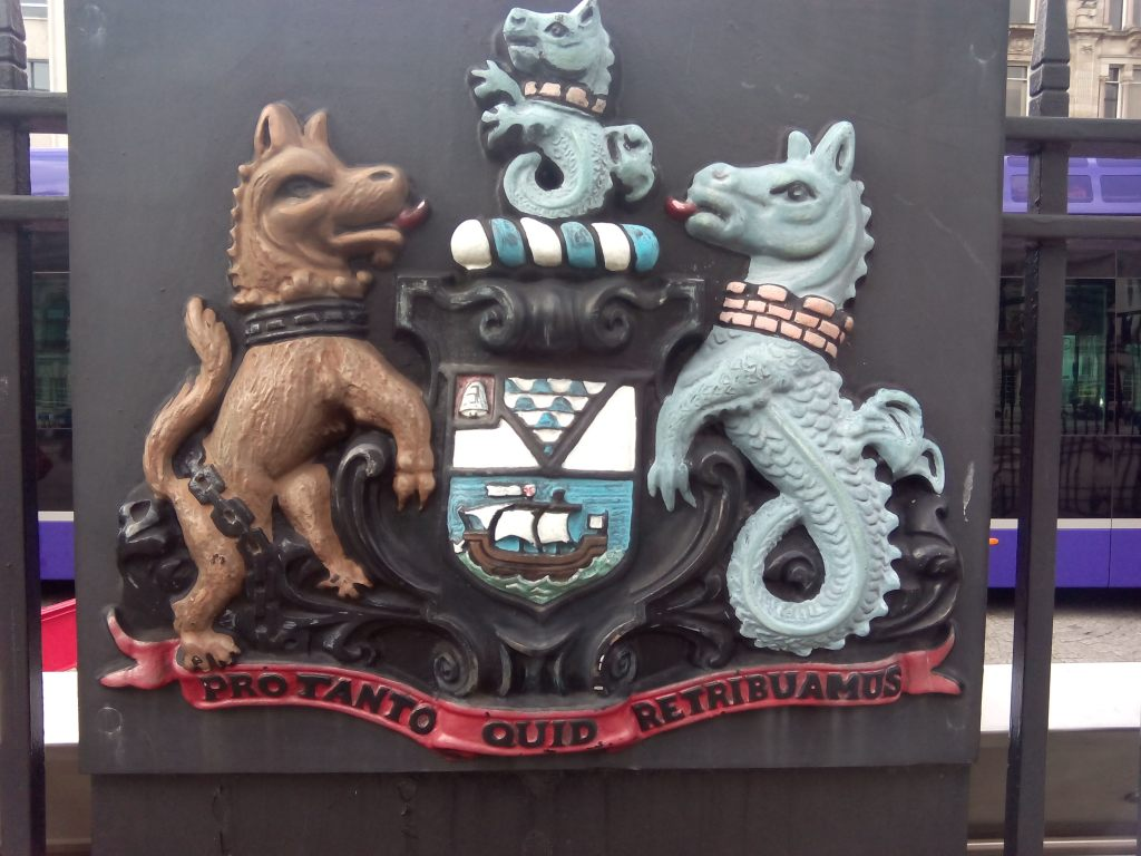 northern-ireland-belfast-history-travels-emerald-isle-city-hall-titanic-neo-revival-baroque-symbols-coat-of-arms