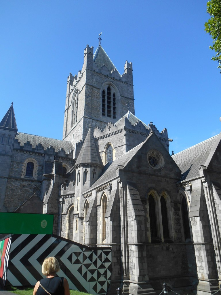 christian-church-cathedral-most-holy-trinity-architecture-gothic-romanesque-history-ireland-dublin-normans-strongbow-richard-fitz-gilbert