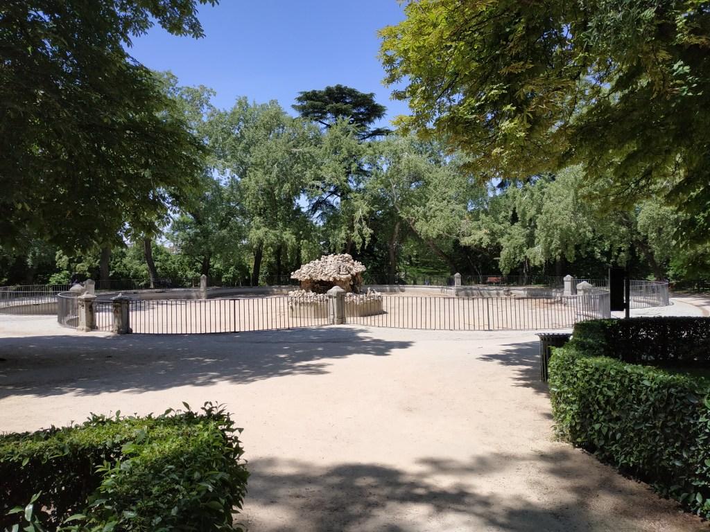 estanque-ochavado-campanillas-chino-madrid-jardines-buen-retiro-parque-historia