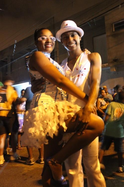 01032015_EmCimadaHora_Escola de Samba