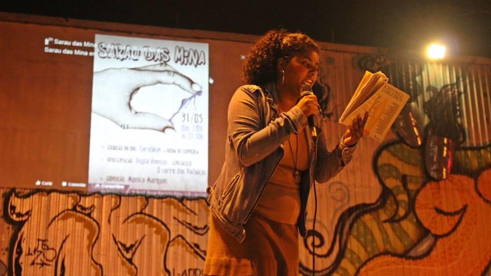 No Jardim Campinas, Sarau das Mina tem microfone aberto e espaço para crianças
