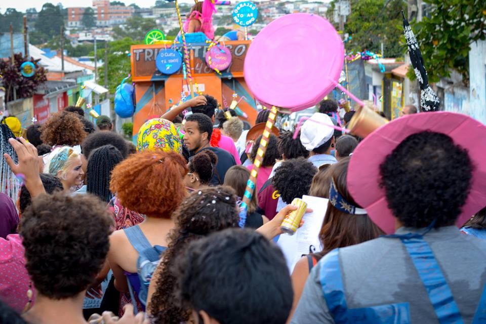 Carnaval pela quebrada: Mais um ano de blocos na rua