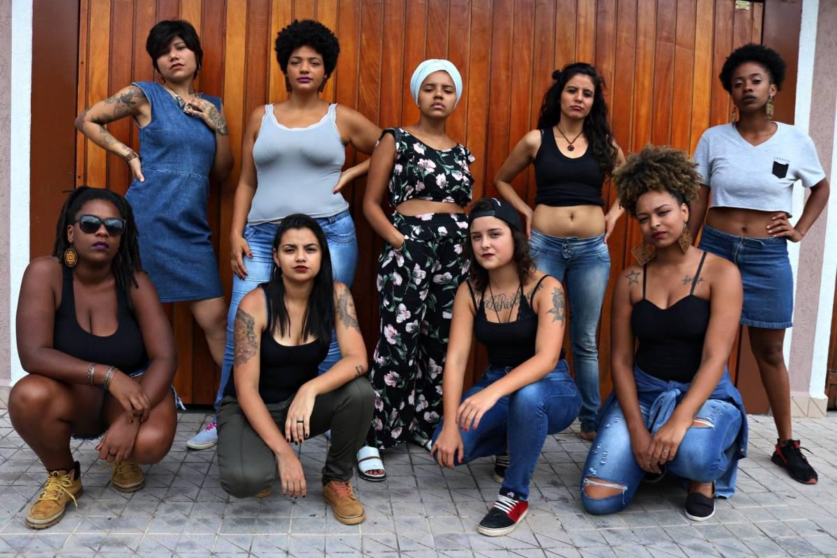 Mulheres negras em celebração no Grajaú