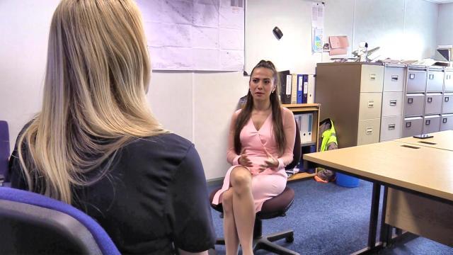 Valery Danko interviews Melissa at Spaceport Cornwall