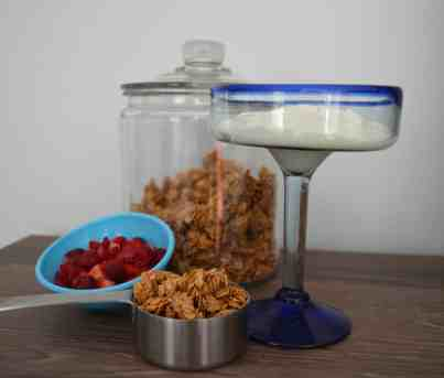 Simple Crunchy Peanut Butter Granola
