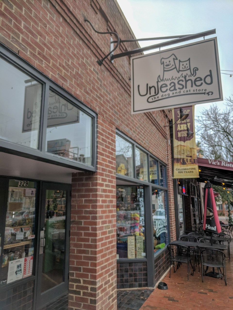 a pet store in dog friendly Raleigh