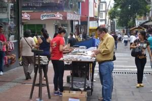 La venta de loterías es uno de los negocios más populares de la zona. /FOTO SEBASTIÁN LESMES PATIÑO