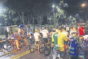 La Oficina de la Bicicleta busca a través de los ciclopaseos crear conciencia sobre la movilidad del ciclista en la vía. /FOTO DAYANNA VERJEL