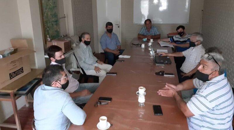 Reunión de autoridades por la escasez de agua en el departamento 9 de Julio