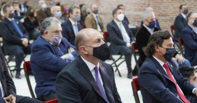 Perotti participó de la jura de los nuevos ministros de la Nación