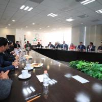 Ofrece mandatario Seguridad a alcaldes, sin preferencias políticas, ante Amenazas