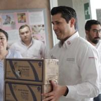 Entrega alcalde guadalupense 50 protectores Faciales impresos en 3D en Hospital General del ISSSTE
