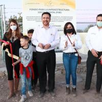 Miguel Torres entrega red de Alcantarillado, Kiosco y aula en comunidades de Villanueva