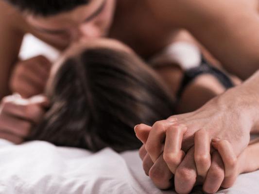Mantén viva la pasión con tu pareja