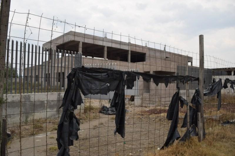 No hay fecha para retomar construcción del Hospital Regional de Izcalli