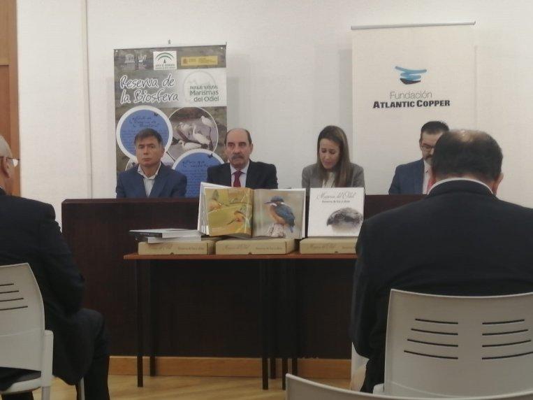 Acto de presentación del libro en el Centro de Visitantes de Marismas del Odiel