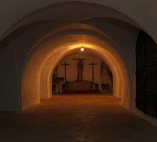 PACO CARO | Una de las capillas que se encontraban en el interior de las catacumbas.