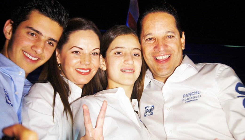 https://i1.wp.com/periodicolafuente.com/wp-content/uploads/2015/04/pancho-Dominguez-y-Familia_La-Fuente.jpg?resize=1041%2C598&ssl=1