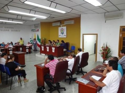 CAQUETA-FLORENCIA-CONCEJO-RECINTO1-590x443