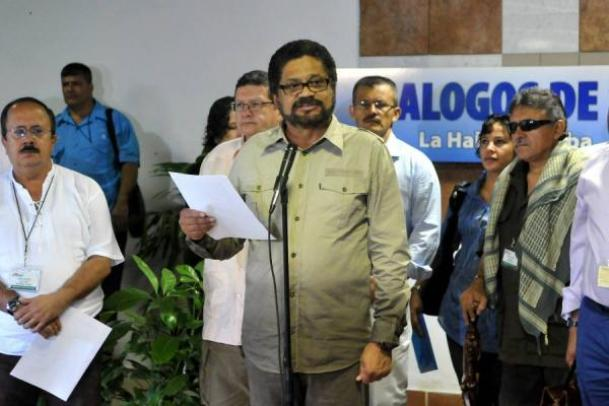 VOCEROS-DE-LAS-FARC-HABANA