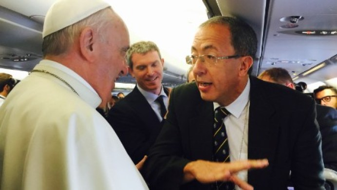 150705202309-jose-levy-and-pope-francis-on-plane-large-169