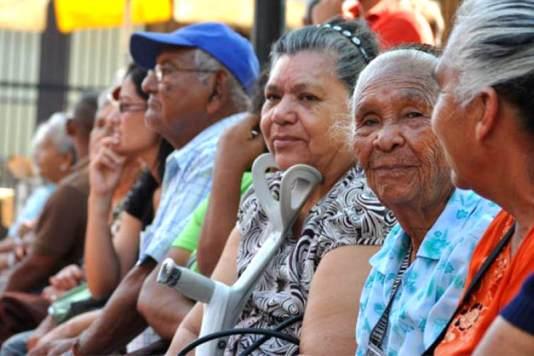 Abuelos-ancianos-pensiones