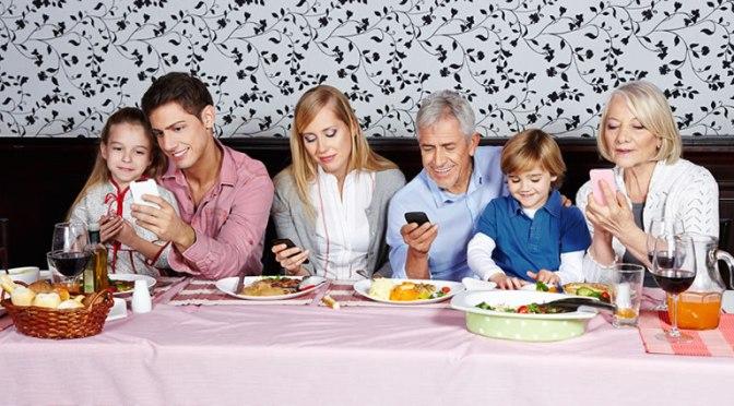 chateo-celular-mesa