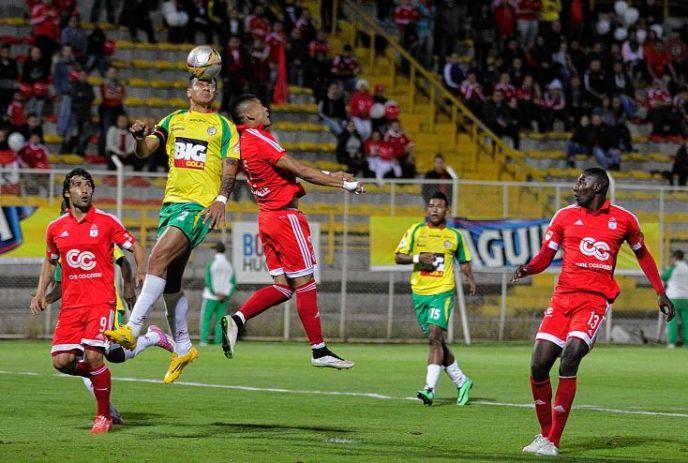 Bogotá. 01-06-2015. América vs Real Cartagena fecha 16 del torneo Águila Estadio Metropolitano de Techo. Fotos/José Herchel Ruiz/Colprensa.