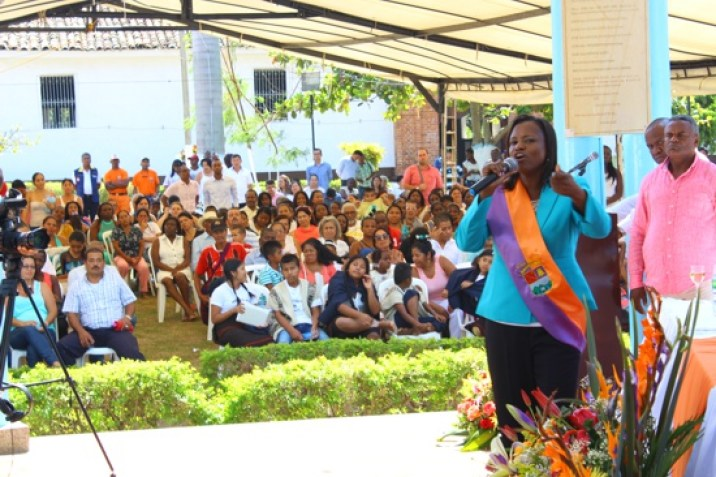 Se-posesionó-la-nueva-alcaldesa-de-Caloto16