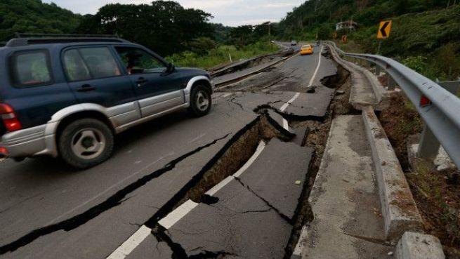 160418131703_terremoto_ecuador_624x351_afp_nocredit