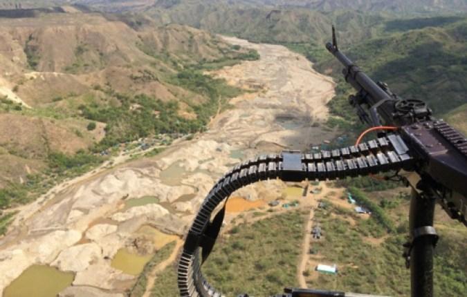 Capturan-a-14-personas-por-minería-ilegal-en-el-río-Sambingo