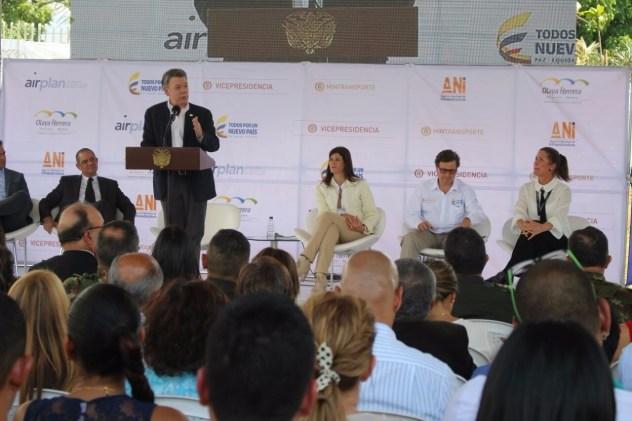 thumbnail_Inauguración Aeropuerto Olaya Herrera 2 (1)
